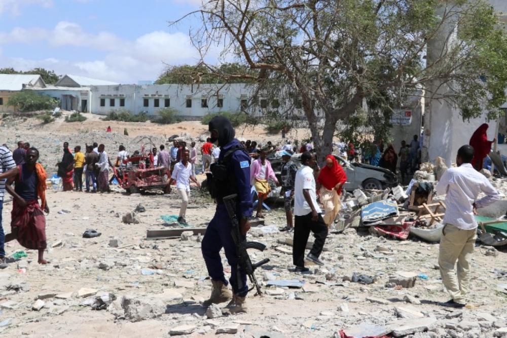 Atentado ocorreu no centro de Mogadíscio, capital da Somália - Abdirazak Hussein FARAH / AFP