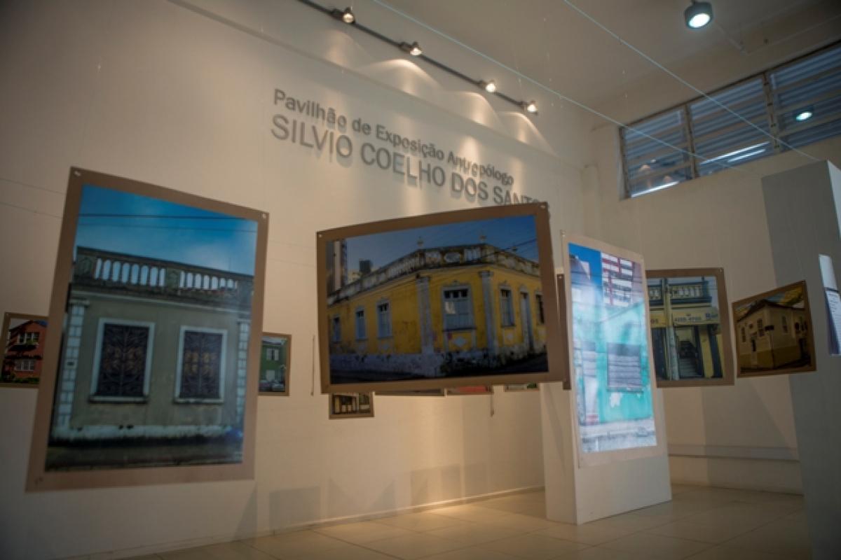 Museu de Arqueologia da UFSC fecha as portas por falta de manutenção e segurança - Flávio Tin