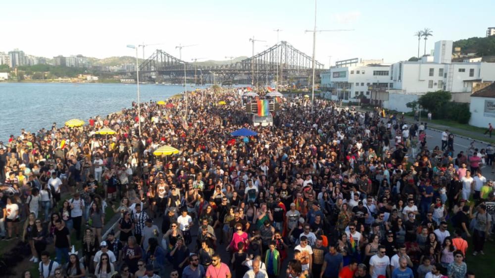 Evento reuniu uma multidão de pessoas na Beira-Mar Norte em Florianópolis - Miguel Gregorio/Divulgação