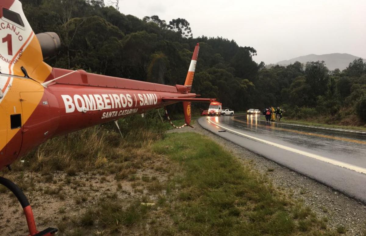 Três pessoas sofreram ferimentos leves no acidente - Arcanjo/Divulgação/ND
