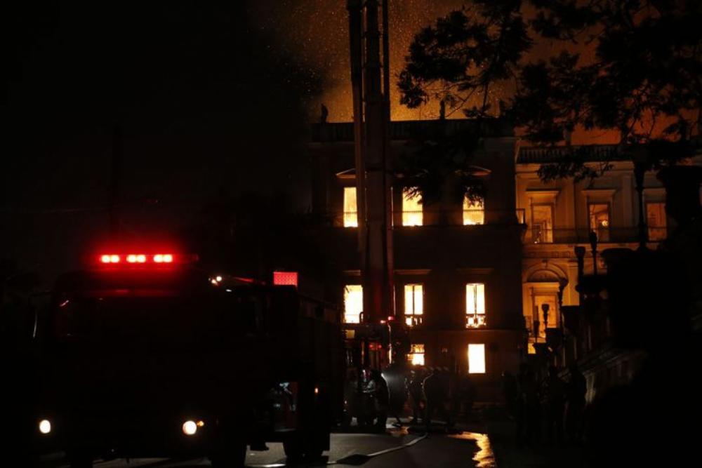Museu Nacional, no Rio de Janeiro, foi tomado por um incêndio na noite deste domingo - Tânia Rego/Agência Brasil/Divulgação/ND