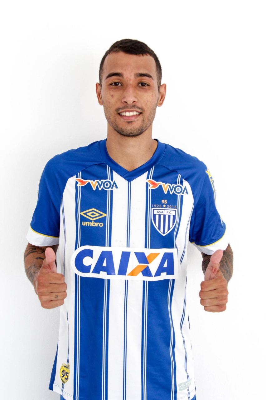 Iury, lateral-direito - Jorge Daux/Avaí FC/divulgação