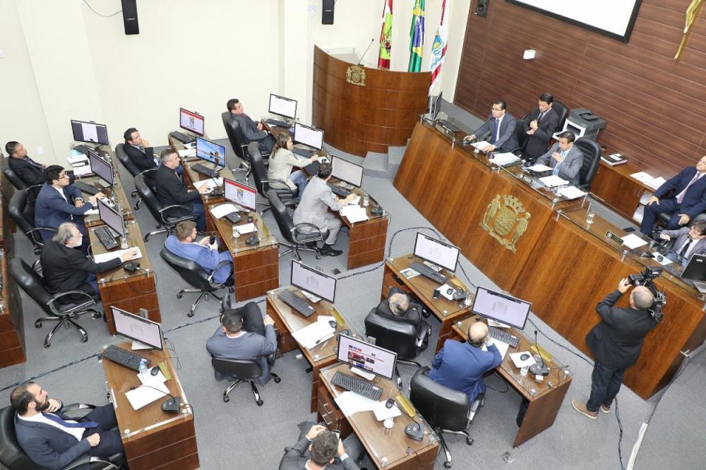 Sessão na Câmara Municipal de Florianópolis sobre o projeto da marina na Beira-Mar Norte - Édio Hélio Ramos/CMF