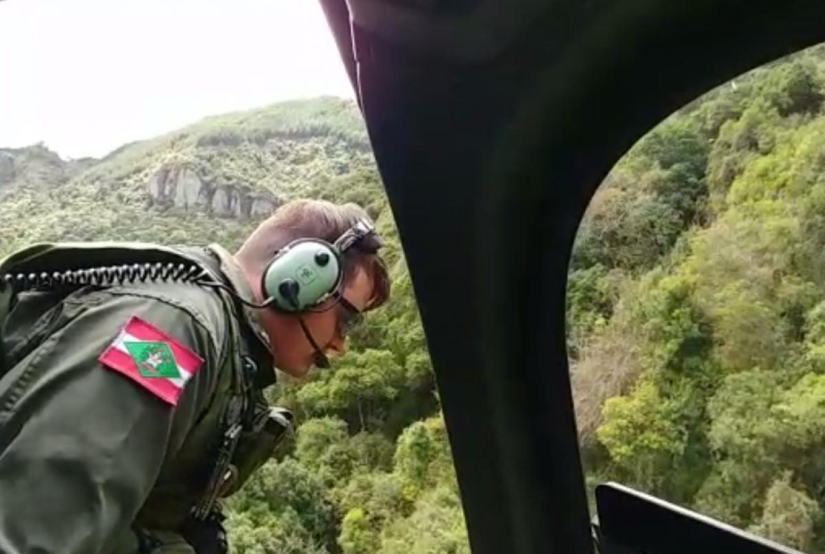PM apoiou buscas com helicóptero Águia 4 - Reprodução/PMSC