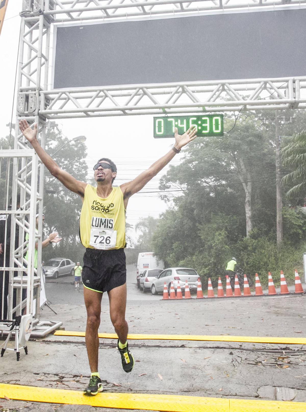 Maurício Marques, campeão do Desafio Morro da Cruz 2018 - Marco Santiago/ND