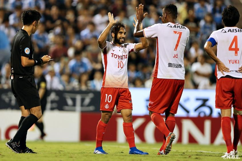 Gabriel Xavier é, ao lado de Jô, um dos destaques da equipe na J-League (Reprodução/Site oficial do Nagoya Grampus)