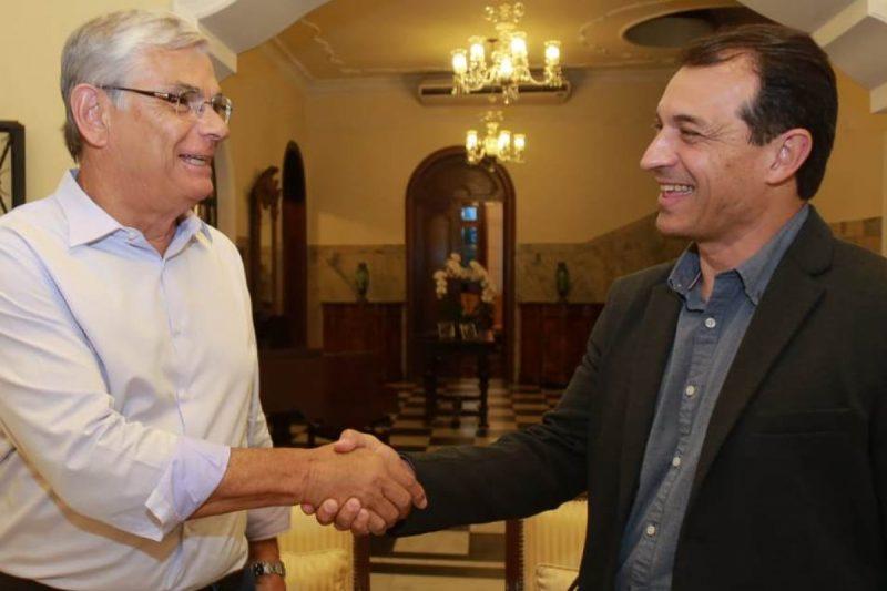 No final do mandato, em 2018, Moreira recebeu Moisés no Palácio da Agronômica – Foto: Divulgação/ND