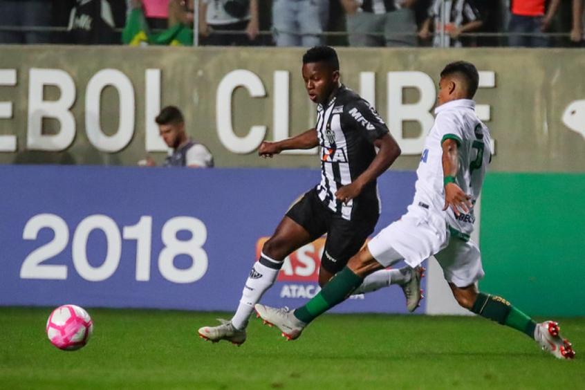 Cazares foi peça nula no duelo com o Coelho, atrapalhando o desempenho ofensivo do Galo- Bruno Cantini / Atlético