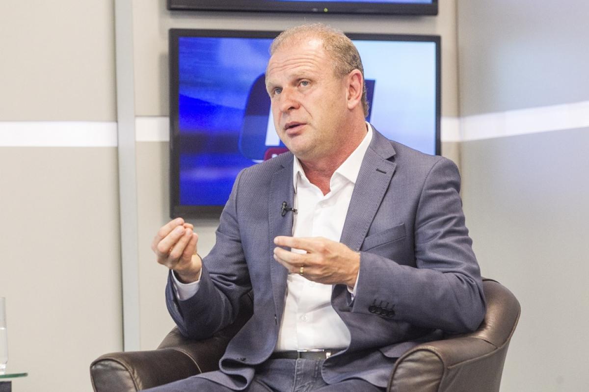 Ex-deputado e ex-candidato ao governo de SC, Gelson Merisio (PSDB) é o primeiro da série de entrevistados pelo jornalista Paulo Alceu, que vai ao ar já nesta terça-feira, no programa ND Notícias, da NDTV/Record TV. – Foto: Marco Santiago/ND/arquivo