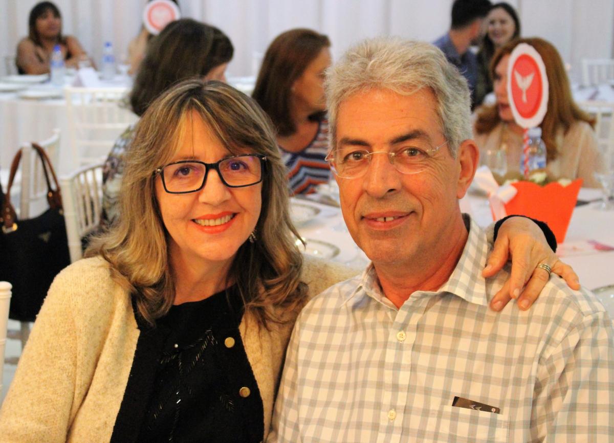 Marcia Castro e Júlio Cesar da Rocha Castro - DIVULGAÇÃO