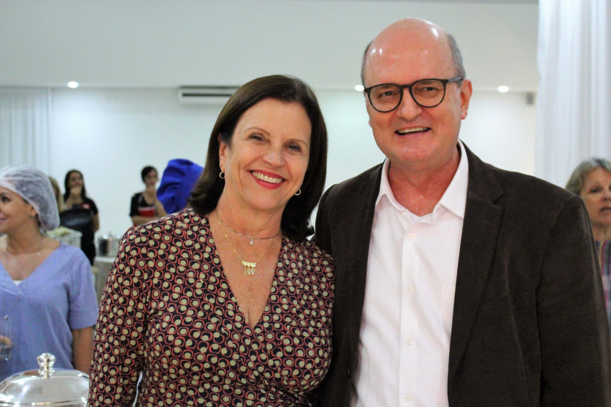 Angela Amin e Renato Marques, conselheiro da Ides - LUCAS BELOCUROV/DIVULGAÇÃO/ND