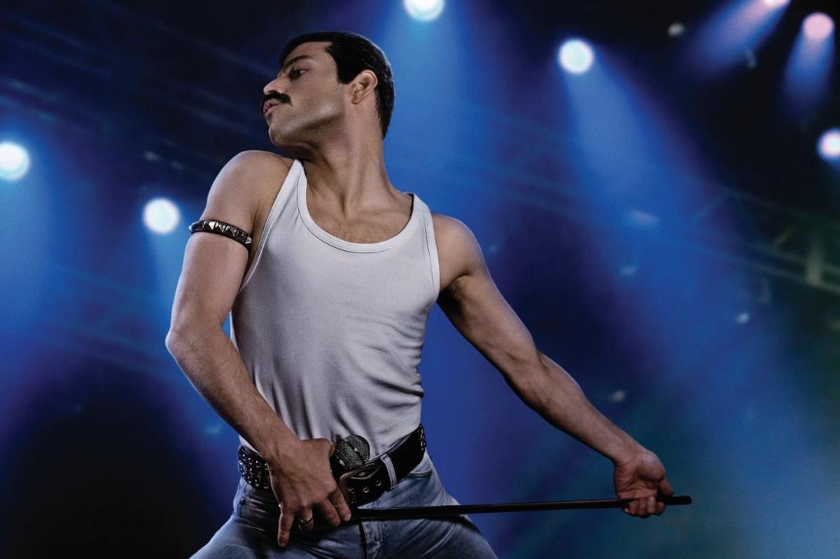 O ator Ramy Malek se entregou para encarnar o astro no cinema - Divulgação/ND