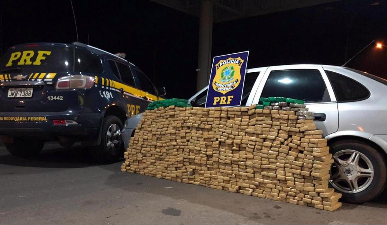 Quase meia tonelada de maconha foi apreendida em São Miguel do Oeste - PRF/Divulgação/ND