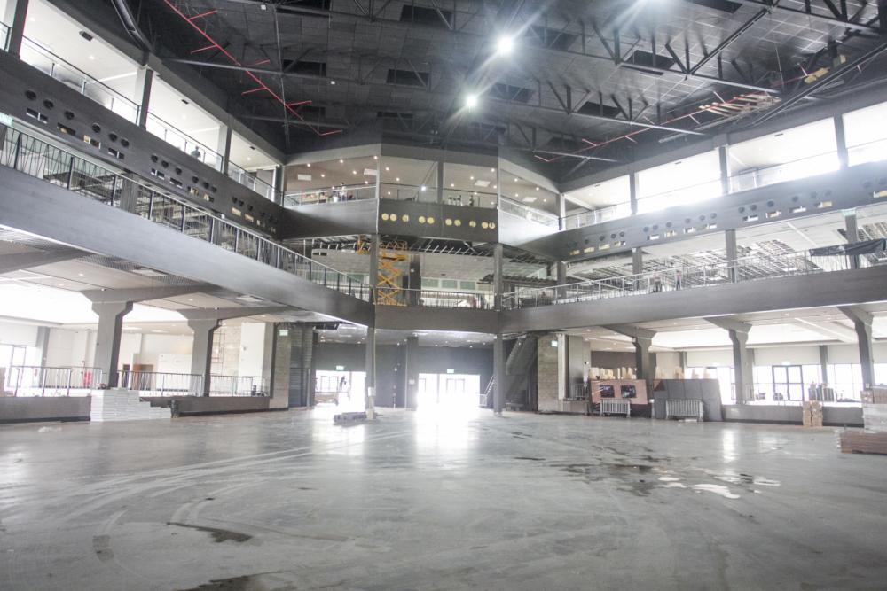 De qualquer lugar, o público terá visualização do palco, que tem 540 metros quadrados - Marco Santiago/ND