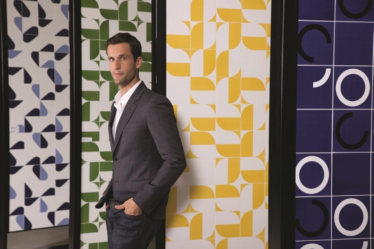 Pedro Andrade, parceiro da marca Portobello, esteve na Capital e apresentou as novidades  que chegam às 150 lojas da rede - Divulgação/ND