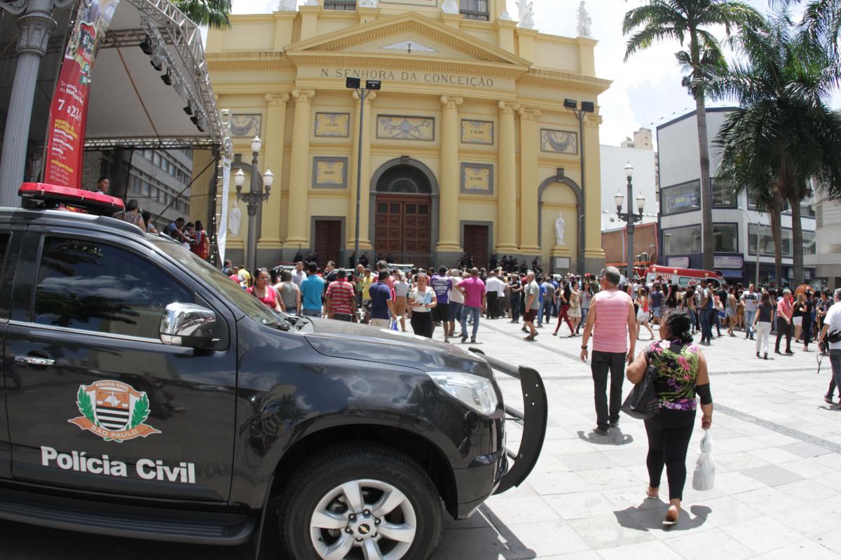 Ataque ocorreu na Catedral Metropolitana de Campinas, no centro da cidade - DENNY CESARE/CÓDIGO19/ESTADÃO CONTEÚDO