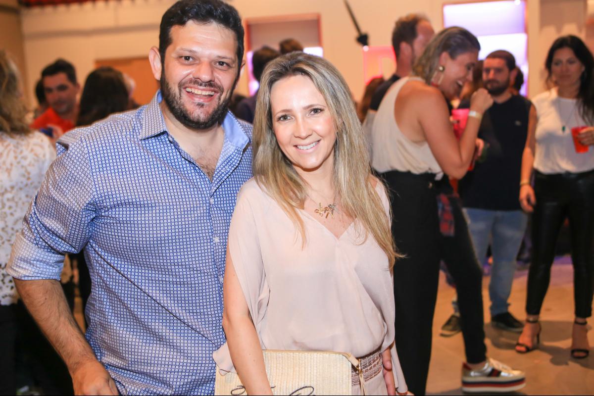 Vitinho Maravalhas e Ana Abreu - Marco Dutra