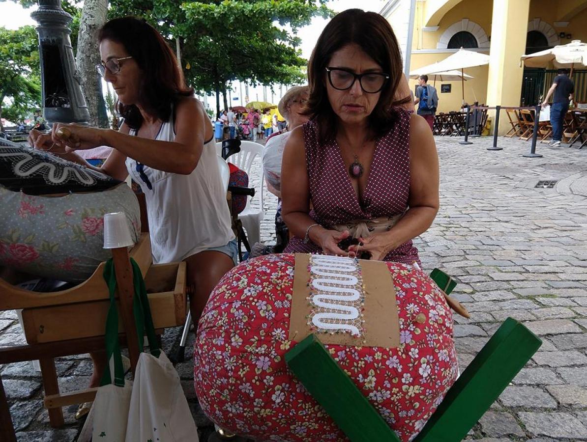 Roseli Pereira, que se destaca no protagonismo cultural de Florianópolis, reforça o comitê internacional de memória da Aéropostale - Reprodução Facebook