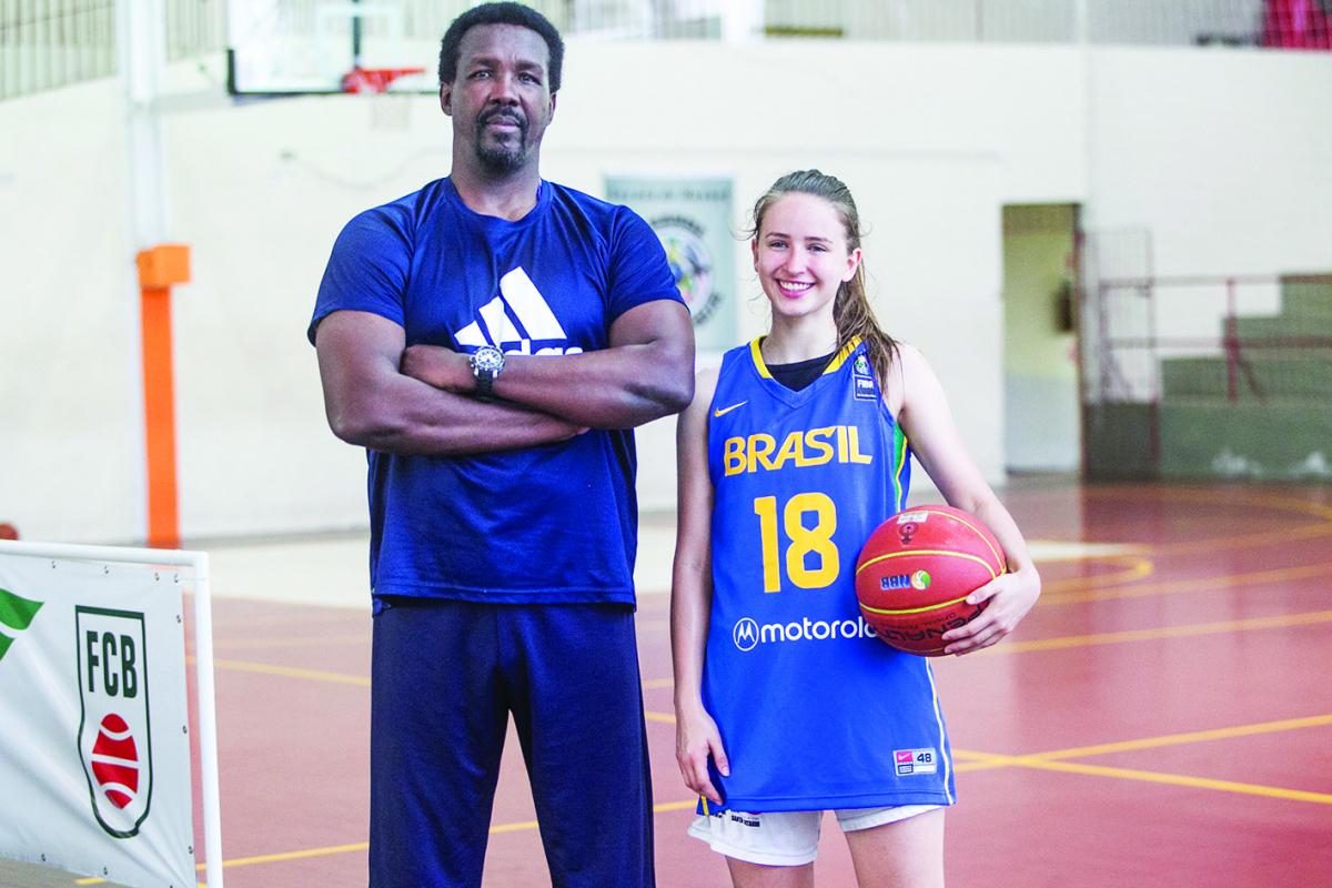 Chicão e Duda, mestre e pupila em projeto de basquete em Florianópolis - Marco Santiago