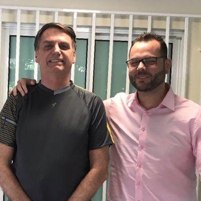 Jorge trabalha no setor pesqueiro e agradeceu o convite de Jair Bolsonaro - Reprodução/ND