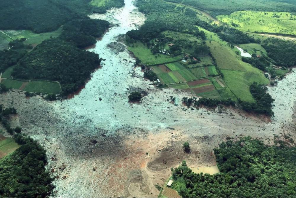 Barragem na Mina do Feijão rompeu nesta sexta; mais de 400 estão desaparecidos - Presidência da República/Divulgação/ND