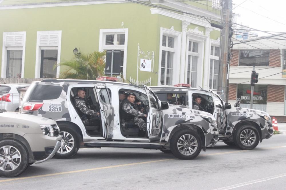Policiais partem para mais uma missão - Divulgação/ND