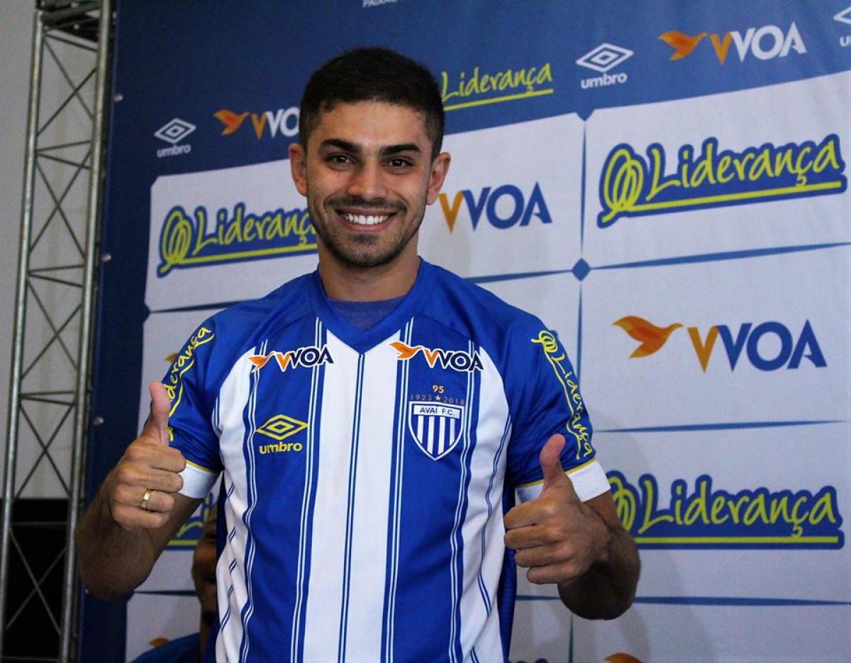 Gegê, meia, jogou com Geninho em 2017 - André Palma Ribeiro/Avaí FC/divulgação