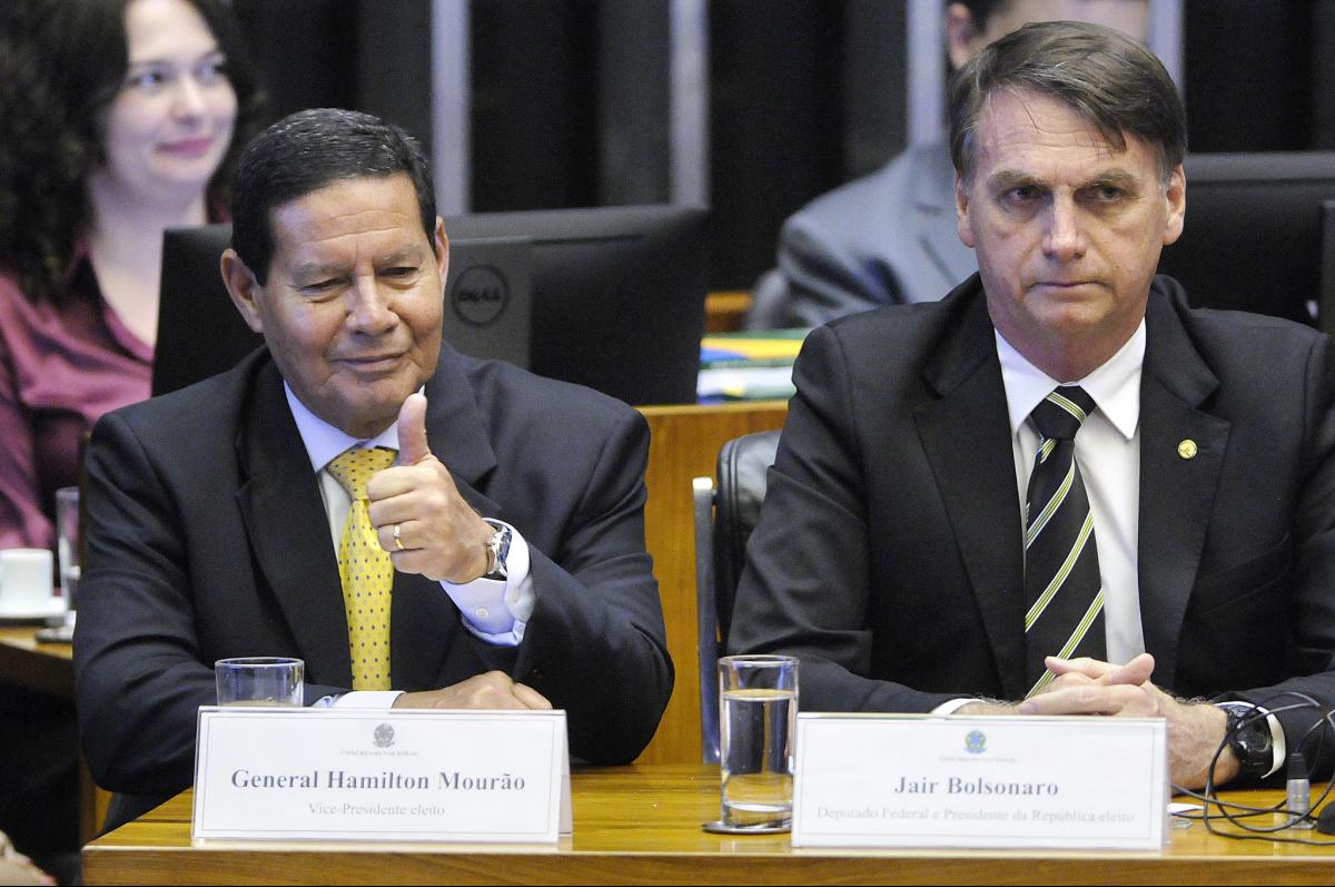 Mourão e Bolsonaro - Alessandro Dantas/Fotos Públicas