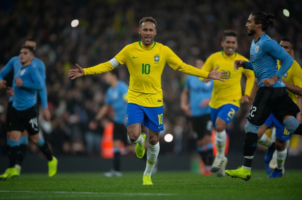 Pedro Martins/Mowapress/ND - Neymar marcou o gol da vitória brasileira em Londres