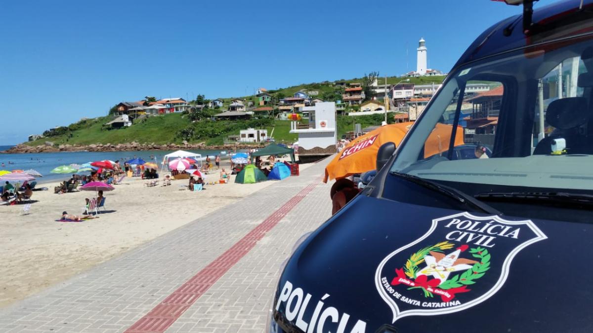 Delegacia móvel dá apoio à campanha de prevenção ao desaparecimento de crianças - Polícia Civil/Divulgação/ND