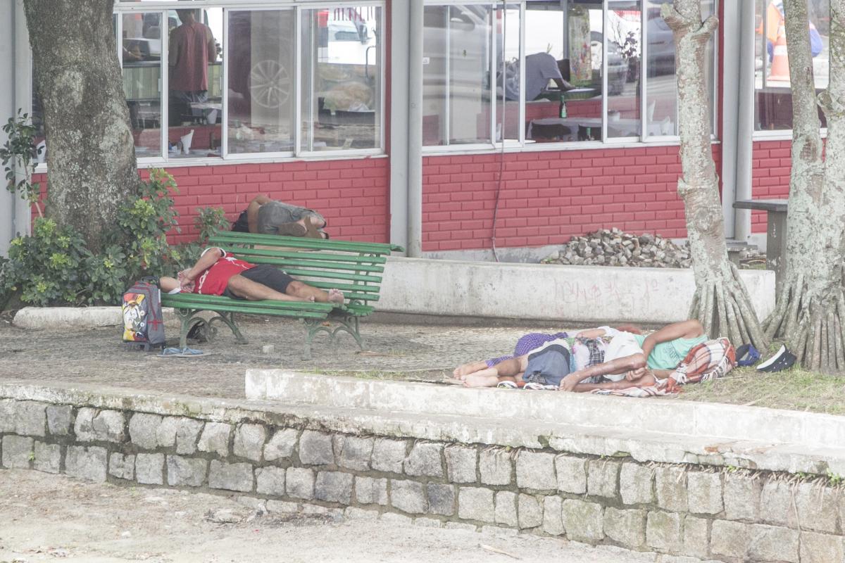 Pessoas em situação de rua são problema social em Florianópolis - Marco Santiago/ND