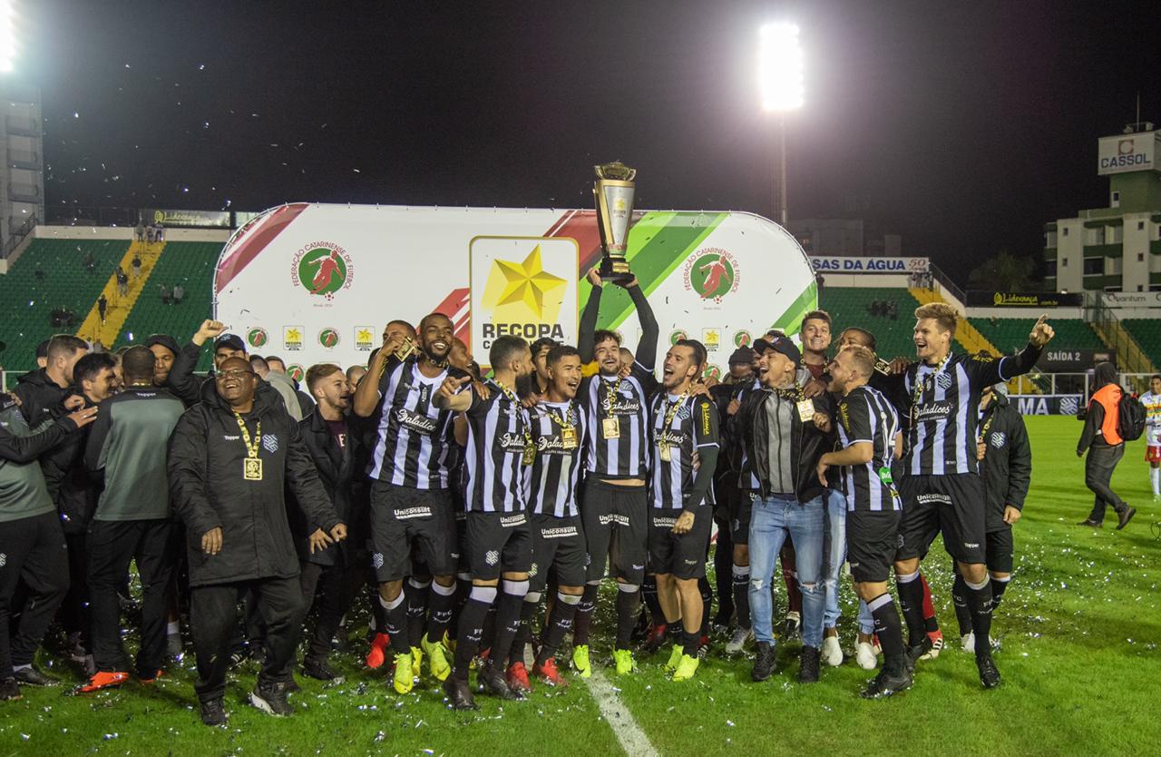 Figueirense vence o Brusque por 1 a 0 e conquista a Recopa - Matheus Dias/FFC