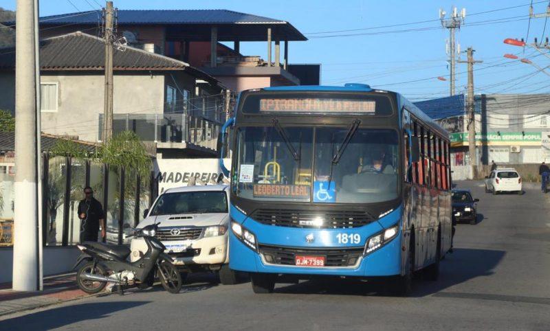 Em São José, os ônibus circularam com poucos passageiros. - Anderson Coelho/ND