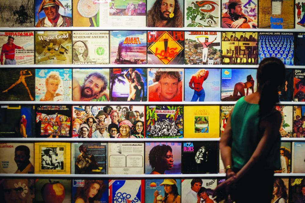 Mostra é formado com os 5.000 álbuns do acervo do museu, selecionados por cinco DJs - Flávio Tin/ND