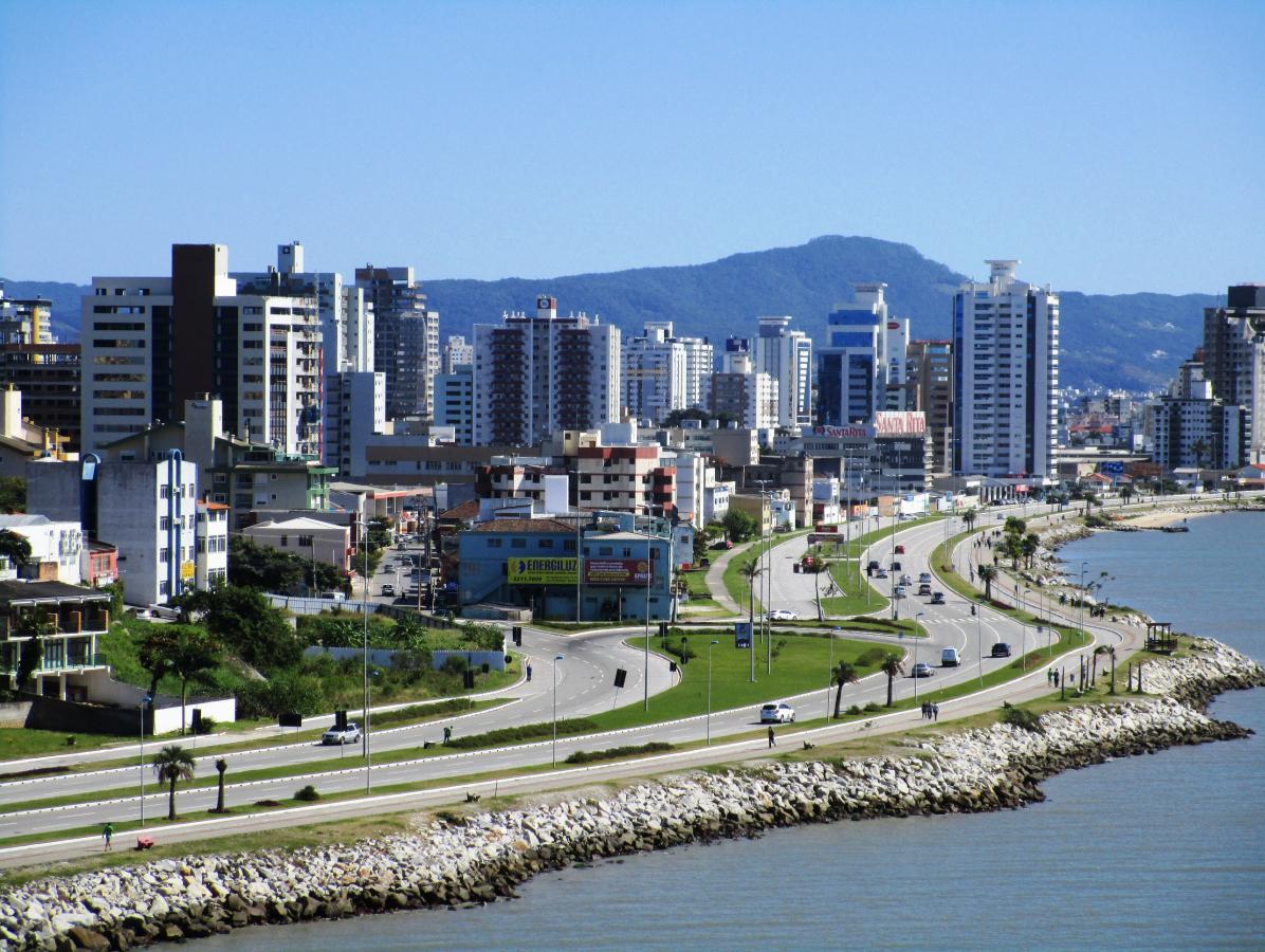 Avenida Poeta Zininho (Beira-mar Continental) impulsionou desenvolvimento na última década   - Carlos Damião