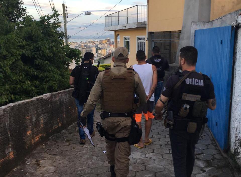 Operação resultou no cumprimento de 49 mandados de busca e apreensão - Polícia Civil/Divulgação/ND