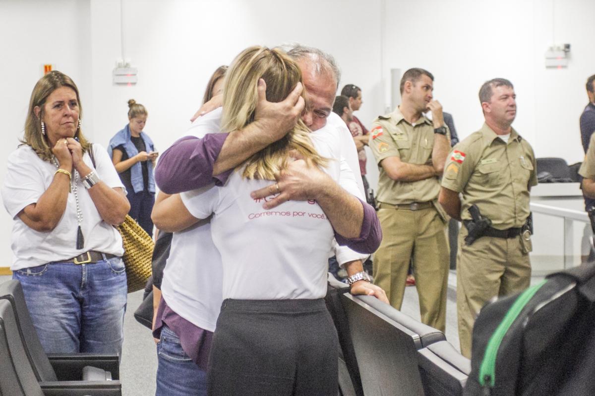 Familiares de Róger ficaram frustrados após julgamento - Marco Santiago/ND