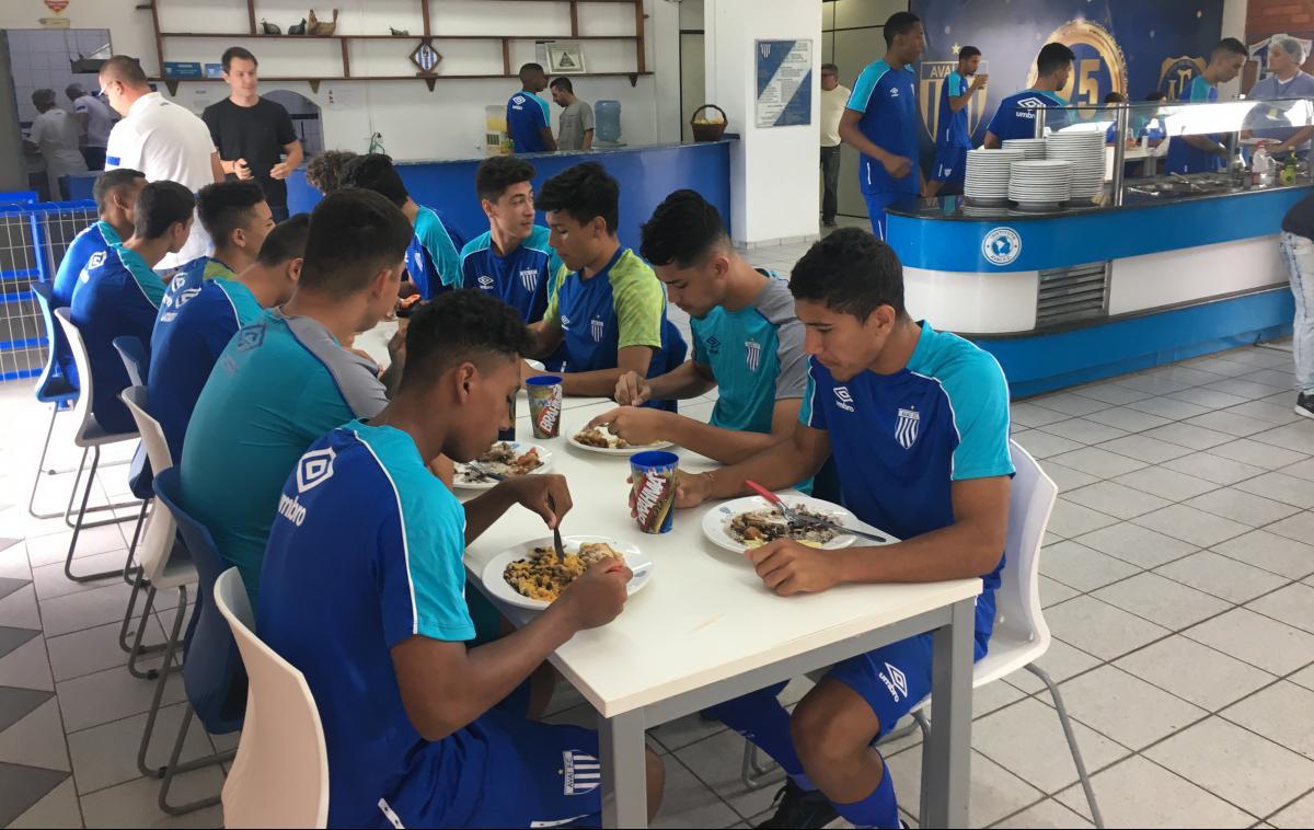 Refeitório avaiano, onde são servidos cerca de 500 pratos por dia - Divulgação/Avaí/ND
