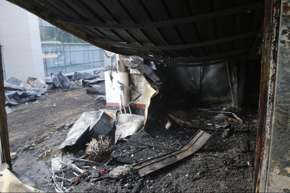 Incêndio no CT do Flamengo matou dez pessoas e deixou outras três feridas - REGINALDO PIMENTA/RAW IMAGE/ESTADÃO CONTEÚDO