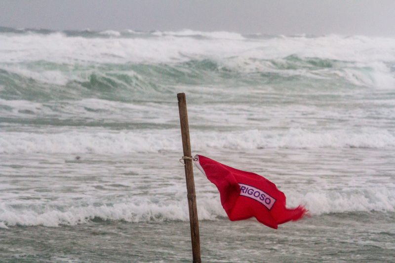 Santa Catarina terá queda de temperatura, rajadas de vento e risco de ressaca nesta quinta-feira (25) – Foto: Flávio Tin/ND