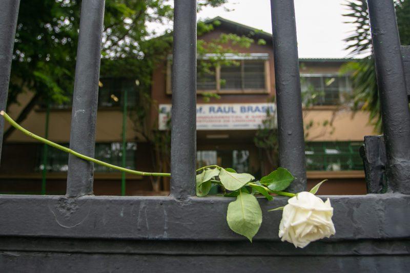 Ataque à Escola Estadual Raul Brasil deixou 10 mortos – Foto: MARIVALDO OLIVEIRA/ESTADÃO CONTEÚDO