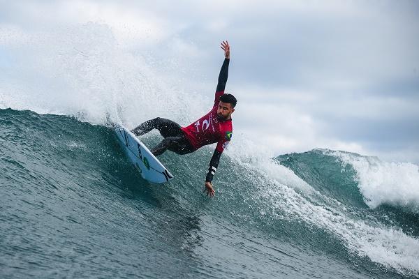 Filipe Toledo vai encarar o australiano Jacob Willcox na disputa por uma vaga em os quatro melhores em Bells Beach – WSL/Dunbar via Getty Images/ND