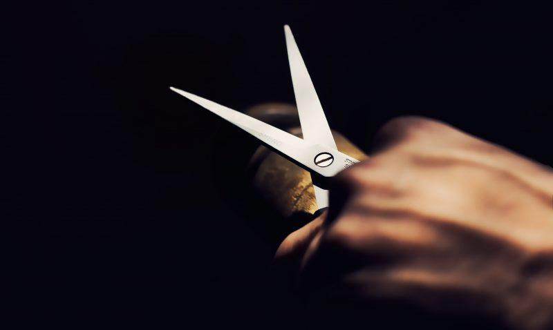 Adolescente disse que mataria a própria filha a tesouradas – Foto: PxHere