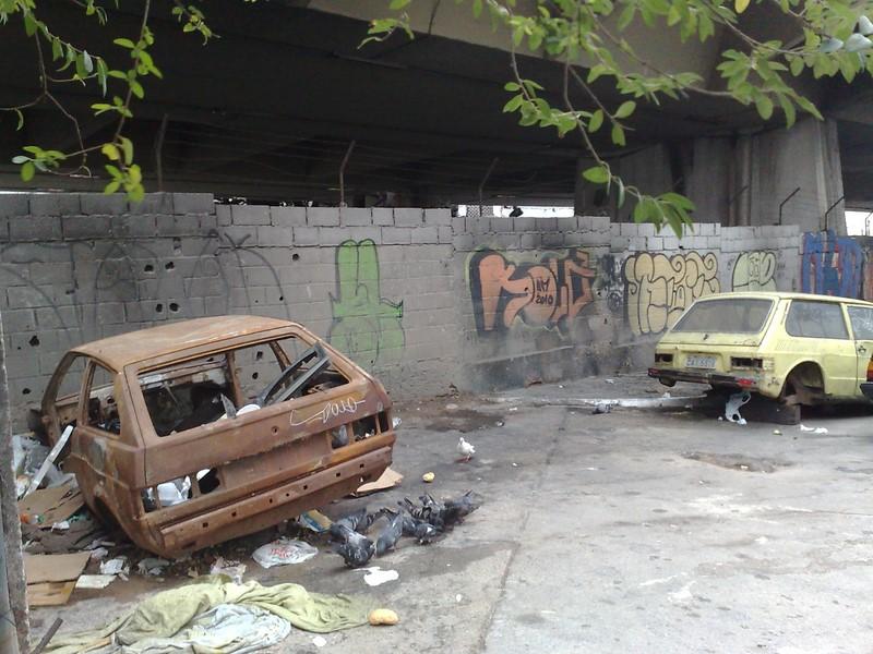 Restou somente a carroceria dos Volkswagen Gol e Brasília - Foto: Blog do Mílton Jung via VisualHunt / CC BY - Foto: Blog do Mílton Jung via VisualHunt / CC BY/Garagem 360/ND