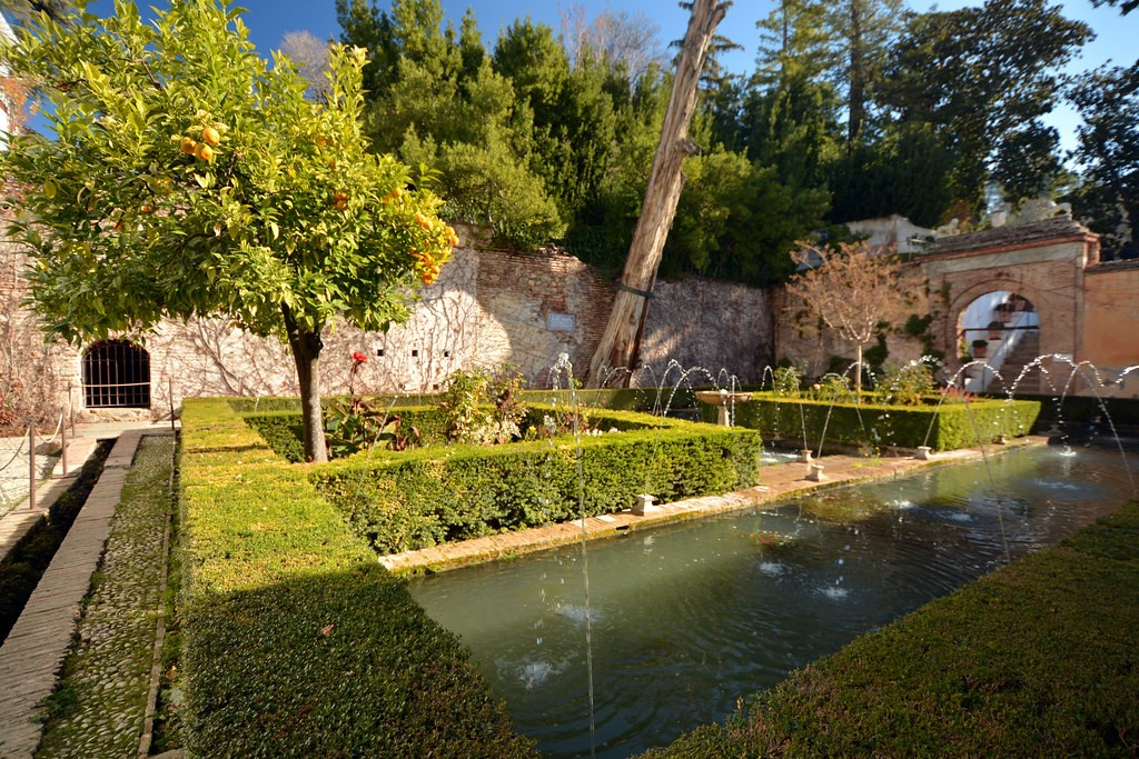 jardins da vila de Generalife, Espanha - Omar Omar on Visualhunt.com / CC BY-NC - Omar Omar on Visualhunt.com / CC BY-NC/Rota de Férias/ND