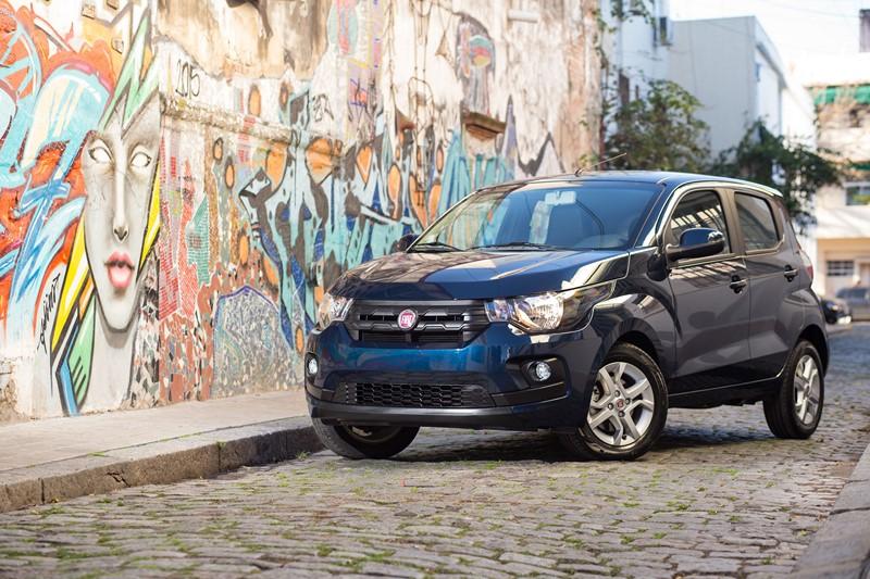 11- Fiat Mobi Easy 1.0 (motor Fire): 13,5 km/l / 15,2 km/l (cidade/estrada - com gasolina) e 9,2 km/l / 10,2 km/l (cidade/estrada - com etanol) - Foto: Divulgação - Foto: Divulgação/Garagem 360/ND