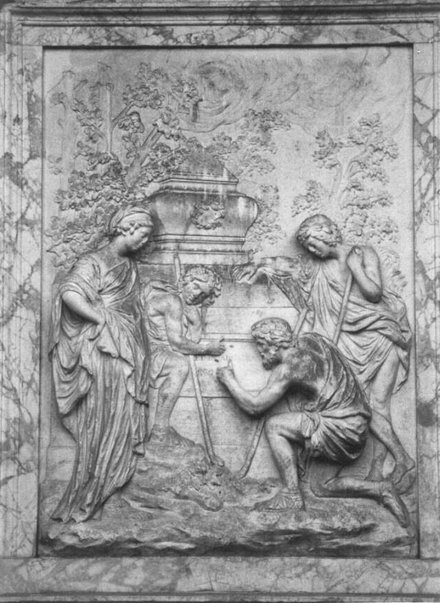 A inscrição de Shugborough - Em Staffoerdshire, na Inglaterra, há uma escultura com inscrições misteriosas que especialistas tentam decifrar há mais de 250 anos. - Crédito: Paul-Barlow/33Giga/ND