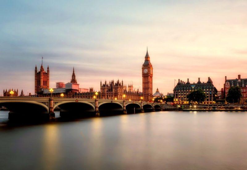 Big Ben, Inglaterra - Pixabay - Pixabay /Rota de Férias/ND