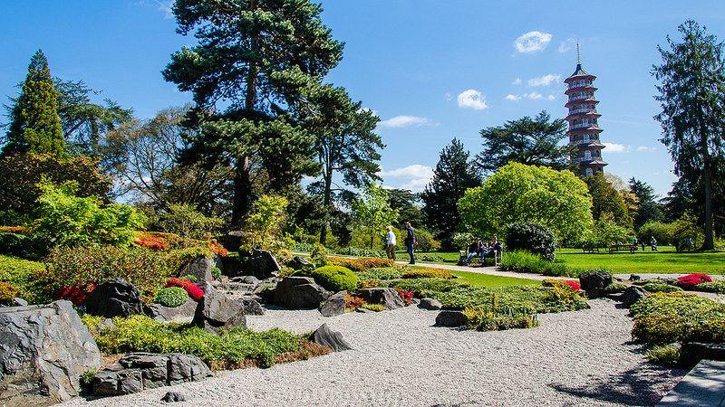 Situado em Londres, na Inglaterra, o Kew Gardens tem aproximadamente 14 mil árvores e muita beleza natural - ghismary via VisualHunt.com / CC BY-SA - ghismary via VisualHunt.com / CC BY-SA/Rota de Férias/ND