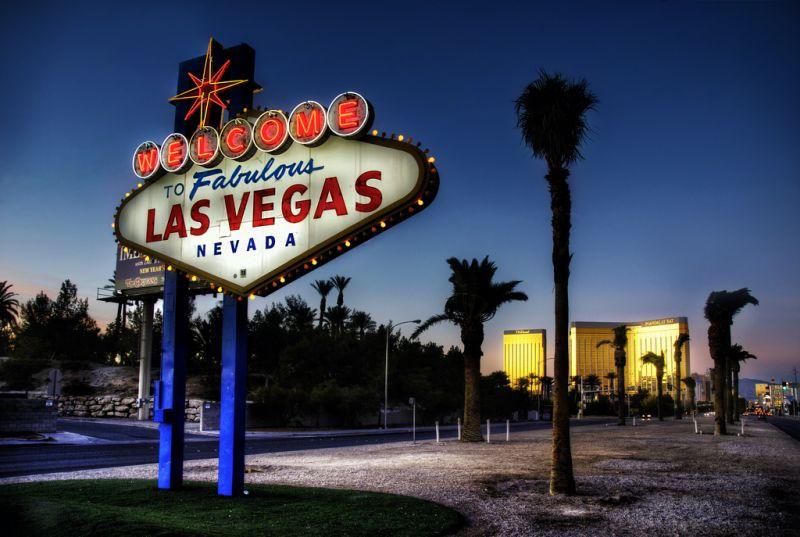 """A comédia """"Se Beber, Não Case"""" (2009) conta as aventuras de quatro amigos em uma despedida de solteiro em Las Vegas, nos EUA - wbeem via Visual hunt / CC BY-NC - wbeem via Visual hunt / CC BY-NC/Rota de Férias/ND"""